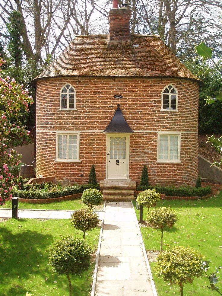Tea Caddy Cottage, Higham, Suffolk