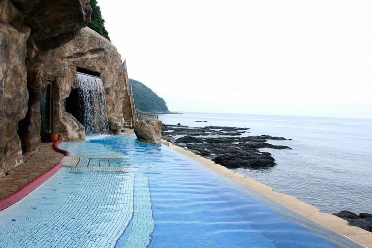 Hot Springs with Stunning Ocean View at Enoshima Island Spa   MATCHA -  Japan Travel Web Magazine