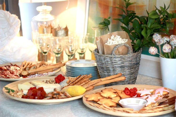 Aperitivos faciles y ricos para Navidad y Nochevieja. Tablas de quesos. Aperitivos. Ideas para el menu de navidad. Recetas de Navidad y nochevieja.