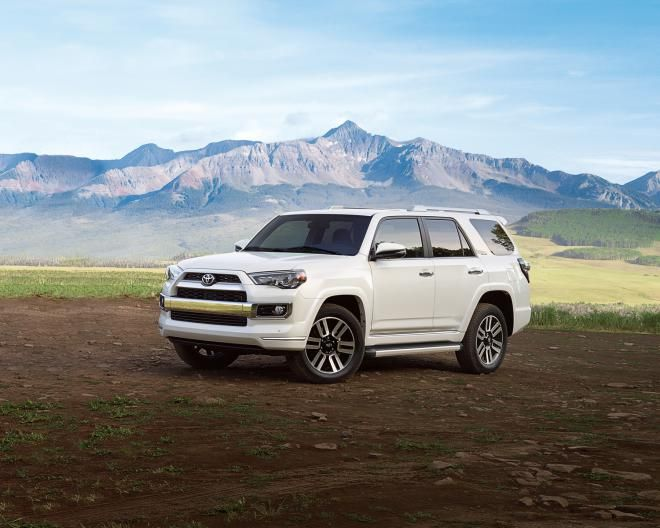 2018 4Runner has a DOHC 4.0-liter V-6 engine and five-speed automatic transmission with an output of 270 horsepower...2018 Toyota 4Runner price, Limited...  #2018Toyota4Runner #20184Runner