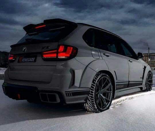 BMW Instagram @bnwshowtime