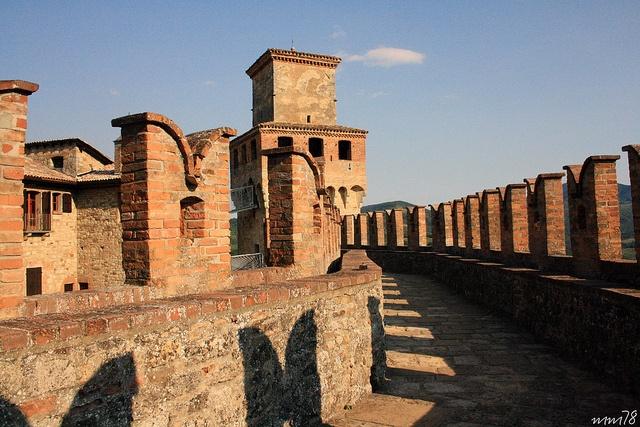 VIGOLENO (Piacenza) - castello