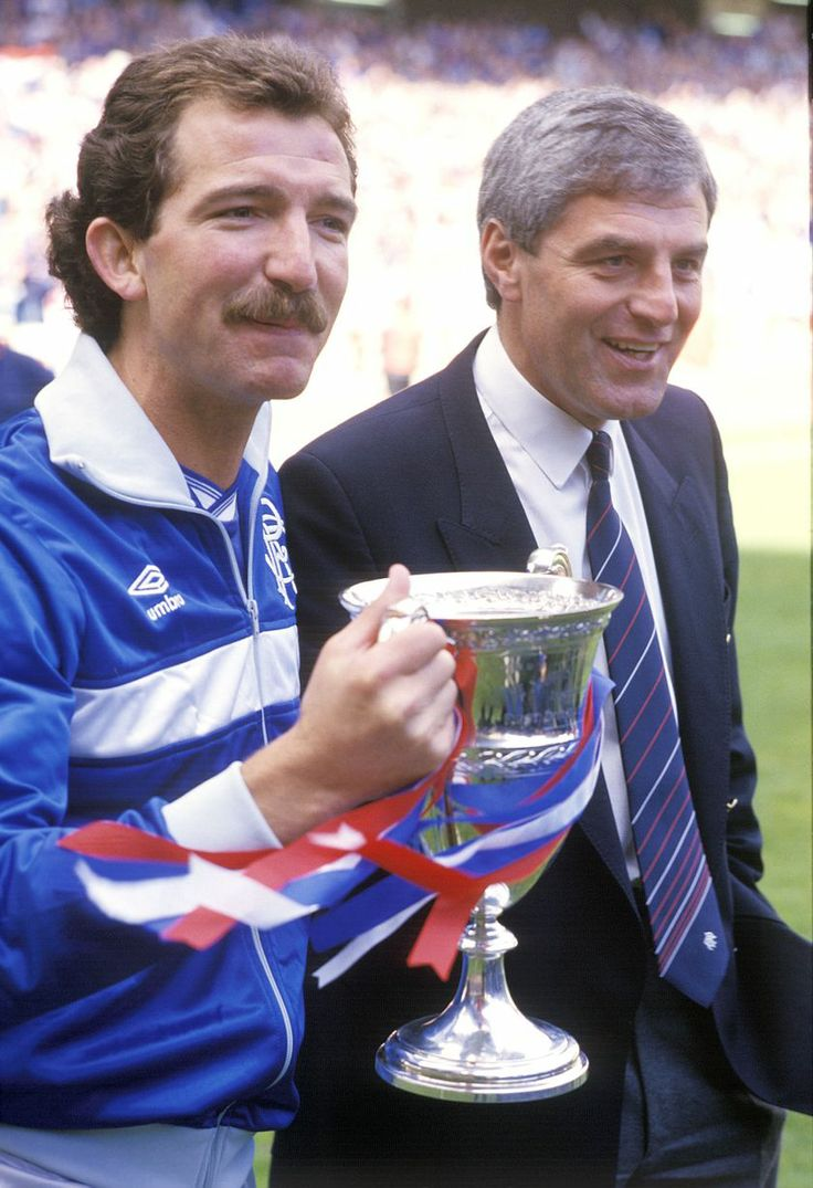 Graeme Souness with the 1986 Premier League trophy beside his assistant Walter Smith