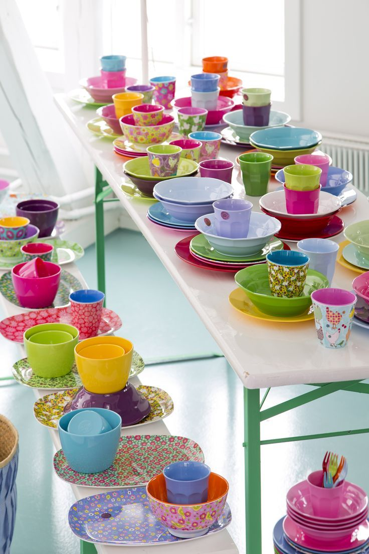 You can never have too many melamine cups and plates. Can you?? #RICE.dk @rice_up via @teitloos #teitloos