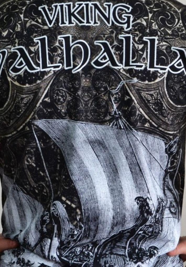 Motyw fighterski na koszulce 'Viking - Valhalla II' HD ---> Streetwear shop: odzież uliczna, kibicowska i patriotyczna / Przepnij Pina!