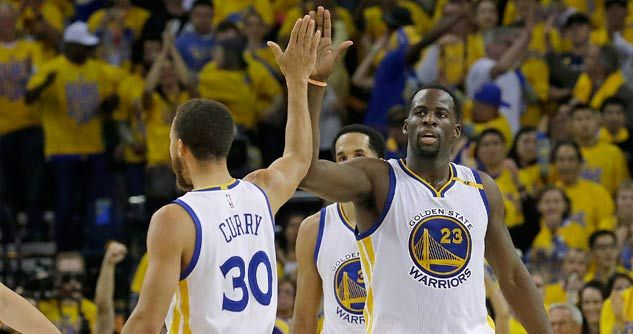 OAKLAND, Calif. (K-LOVE News – Tim Luttrell) - The Golden State Warriors have been called one of the best basketball teams of all time. So how do they keep from getting caught up in all that hype? They study the Bible.  (Prefer to LISTEN? Just ...