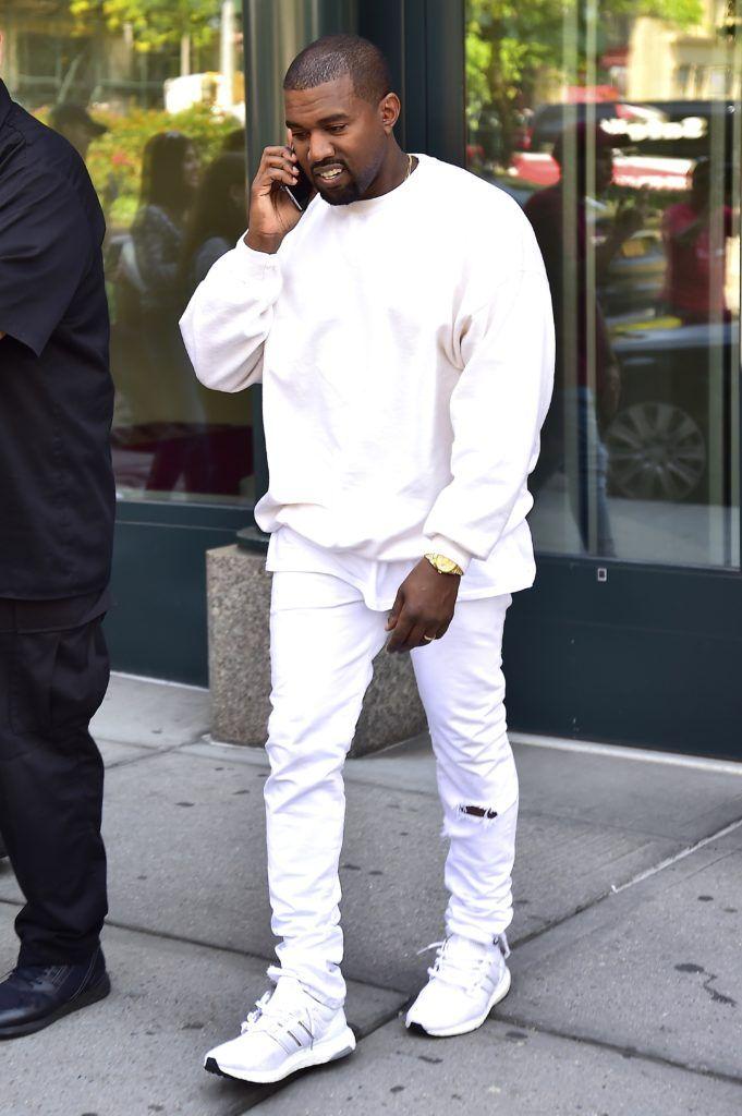 Outfit Para Hombres Morenos Looks Deportivos Casuales Y Elegantes Para Tu Hombre Chocolate Ropa Kanye West Moda Kanye West Kanye West
