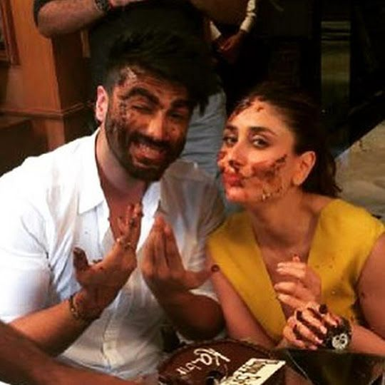 Arjun Kapoor and Kareena Kapoor Khan enjoying on sets of 'Ki & Ka'!!! - http://www.iluvcinema.in/hindi/arjun-kapoor-and-kareena-kapoor-khan-enjoying-on-sets-of-ki-ka/