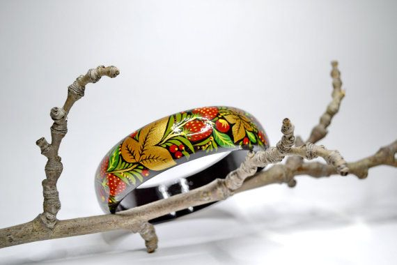 Hand painted  Bracelet  Wooden Bangle  Russian folk style