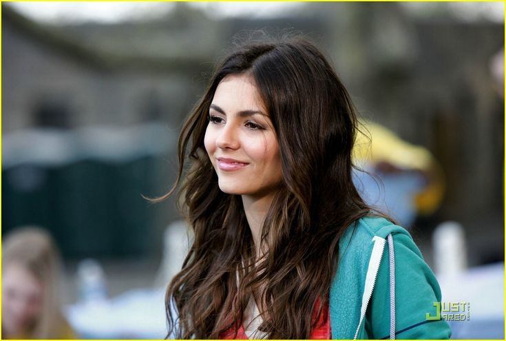Victoria justice made her acting debut at the age of 10, and has since starred in several films and television series, the majority of which were on kids tv channel. Description from stealcelebstyle.com. I searched for this on bing.com/images