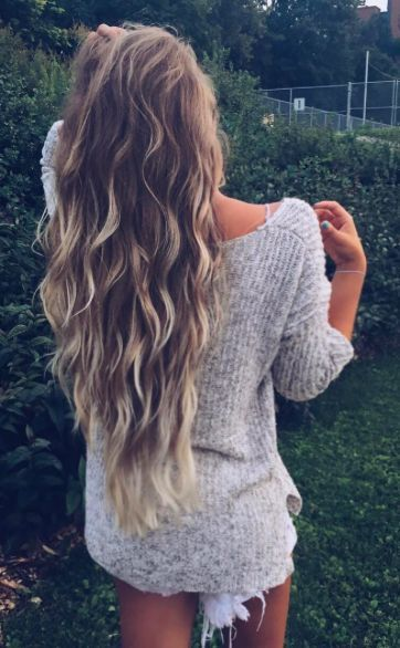 Beach Hair :: Natural Waves :: Long + Blonde :: Summer Highlights :: Messy Manes :: Free your Wild :: See more Untamed DIY Easy Hairstyle Inspiration @untamedmama