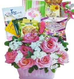 Your love and appreciation for all she's done will shine through this beautiful gift featuring an assortment of fine teas and gourmet treats. The paperboard gift tote is so realistic looking, it almost looks like a real flower bouquet but it's not! #tea #gift #basket www.artofappreciation.com