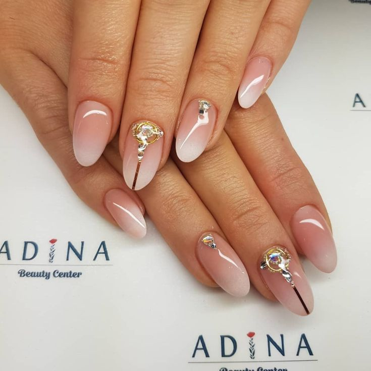 80 Cute Almond Shaped Nail Designs 2018 Nail Design Best Com With Images Almond Shape Nails