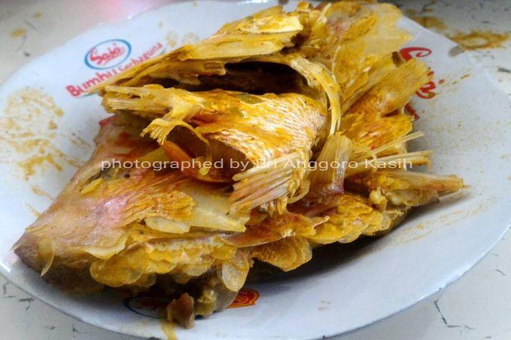 Rumah Makan Padang  adalah salah satu rumah makan yang nampaknya sebarannya sangat bluar biasa. Karena ternyata Rumah Makan Padang ini bukan...