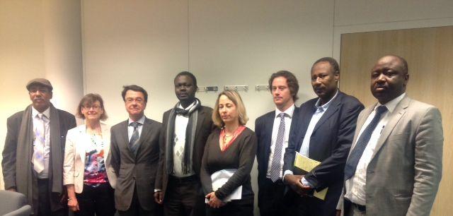 الجبهة الثورية تسلم الاتحاد الأوربي خارطة الطريق لحل الازمة السودانية