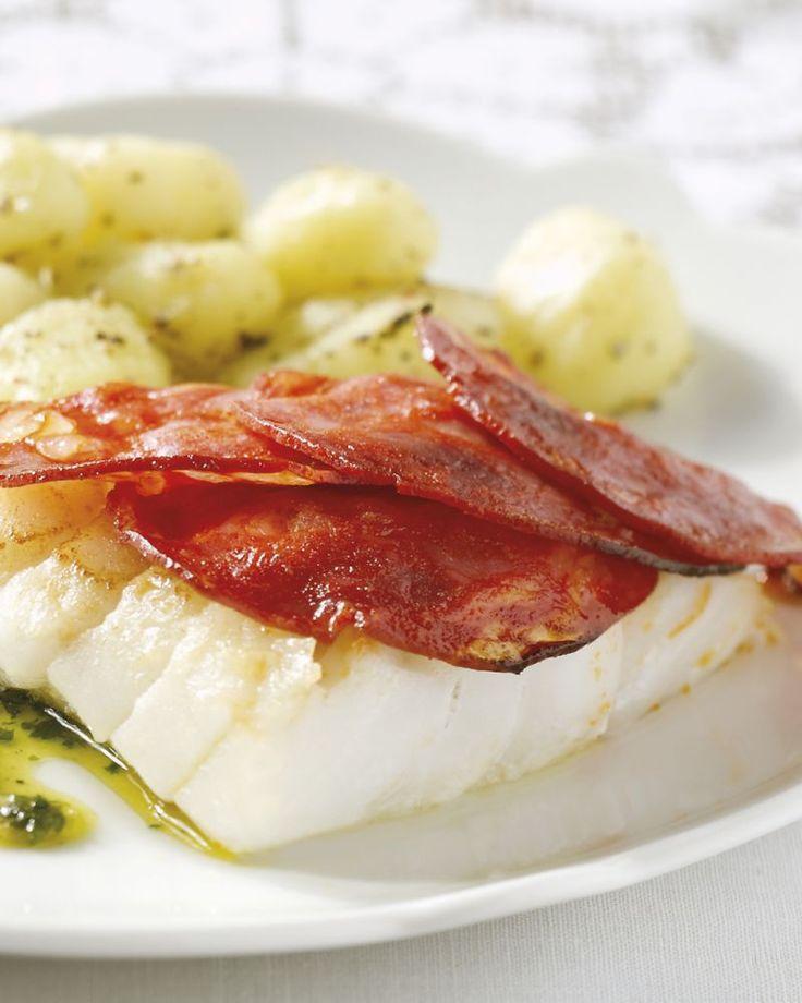Een heerlijk Zuiders gerecht, deze kabeljauw met chorizo, gnocchi en salie-botersaus. Om je gasten te verwennen!