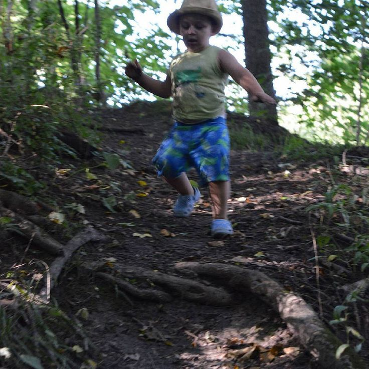 #fun #crazy #exciting #adventure #toddler #hiking #trails #grandriver #brantford #ontario #canada #outdooradventurephotos #outdoors #nofilterThese are my personal photos from Flickr!