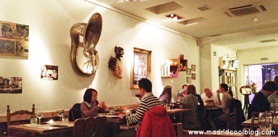 Restaurante Juan & Juan (San Marcos, 24. Chueca). Llamar: 91-532.18.46 (15-20€ y Menú del día)