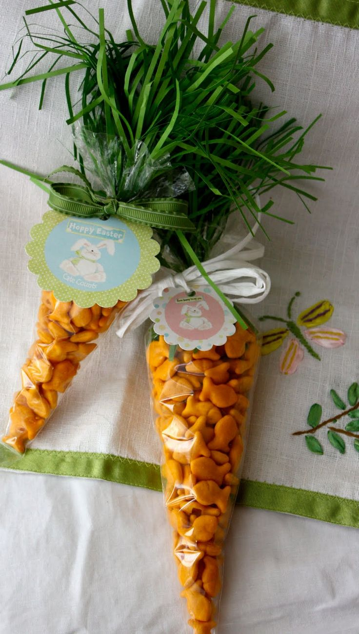 I LOVED these little treats from last year... Since Easter is around the corner, I thought it was time to bring back a few favorites!    Mat...