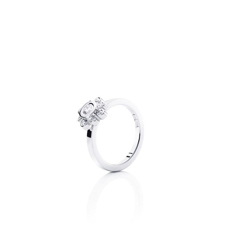 Efva Attling - Sweet Hearts Crown I - $3,455. Gold or white gold ring with diamonds.
