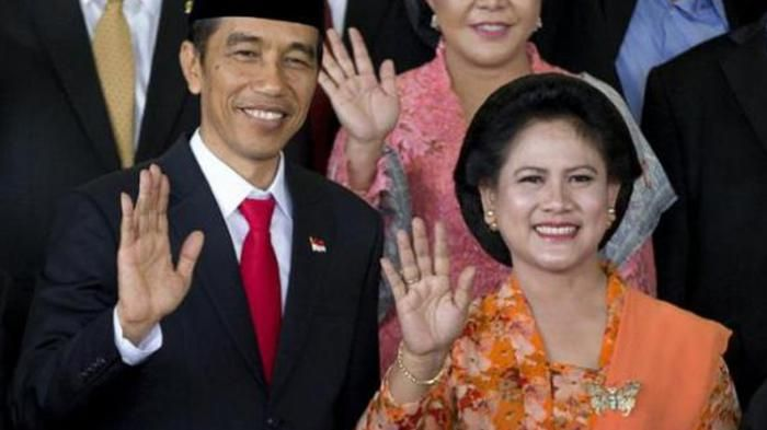 Pujian Untuk Kebaya Tulen Jawa ala Iriana Jokowi di Tengah Maraknya Modifikasi Busana Tradisional - Tribunnews.com