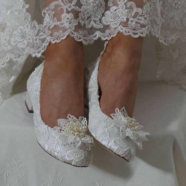 Chaussures mariée petit talon en dentelle Fern - Instant Précieux