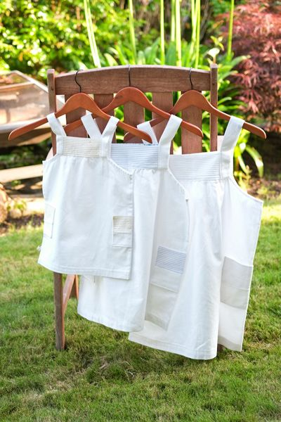 Pintuck Pinny Tutorial    Sew,Mama,Sew!Pinny Tutorials, Aprons Pattern, Mama Sewing Sewing, Pintuck Pinny, Sewmamasew, Well Well Mama, Kids Clothing, Art Pintuck, Kiddie Clothing