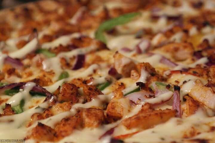 Greek pizza. #greekpizza #pizza #greek #food #foodporn #sfvmphotography #sfvm #photography