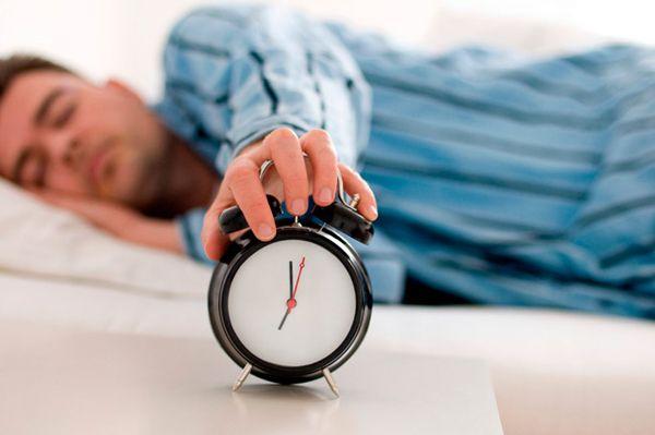 Tidur adalah salah satu hal yang dibutuhkan tubuh demi menjaga kesehatan dan kebugaran. Jangan sampai mengurangi jatah tidur atau bahkan..