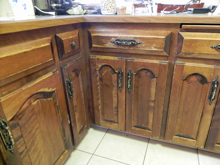Distressed Kitchen Cabinets Distressed Furniture And Decor