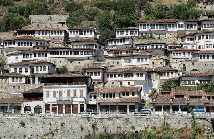 Berat Albanien im Albanien Reiseführer @ abenteurer.net