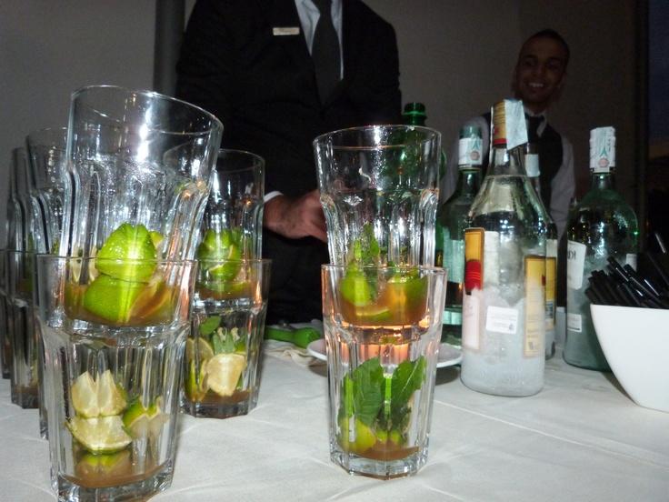 open bar mojto