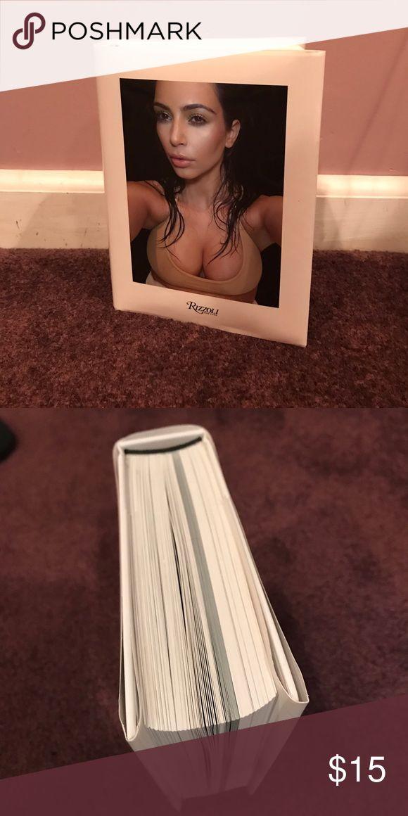 Kim Kardashian Selfie Book Kim Kardashian Selfie book by Rizzoli - in new condition Other
