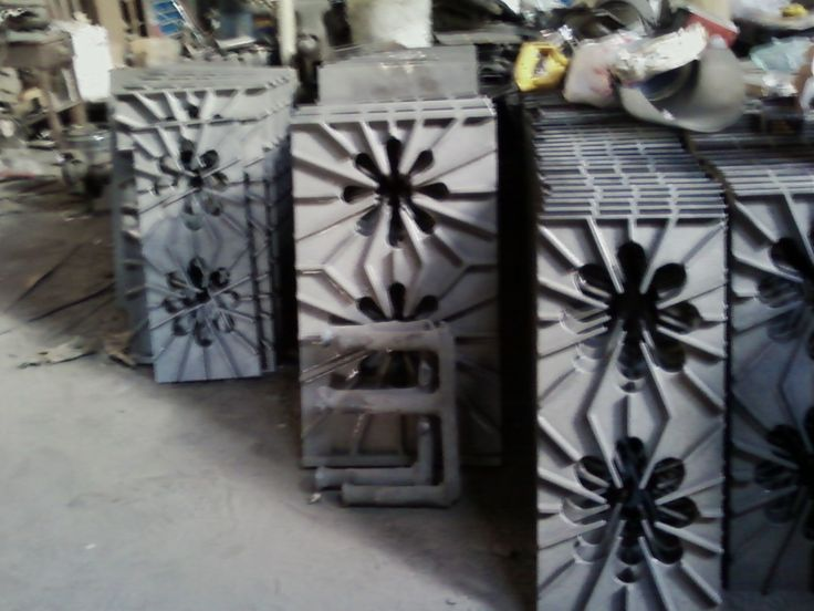 Tops for commercial stoves