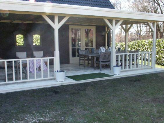 Afbeeldingsresultaat voor groene tuin met overkapping aan huis