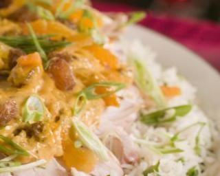 Actifryée de volaille à l'indienne : http://www.fourchette-et-bikini.fr/recettes/recettes-minceur/actifryee-de-volaille-lindienne.html