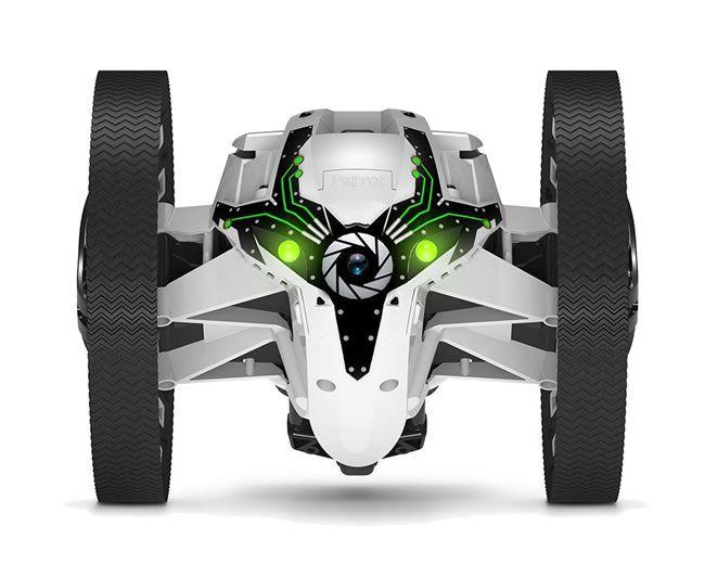 Spielzeug für das Kind im Mann (Die PARROT mini Drone)