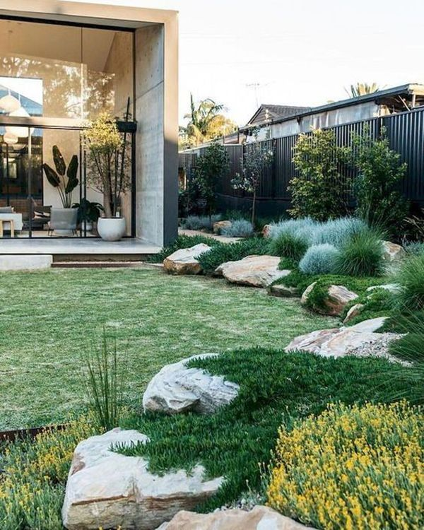 35 Modern Landscape Design Ideas For Minimalist Courtyard Garden Australian Native Garden Australian Garden Backyard Garden Design