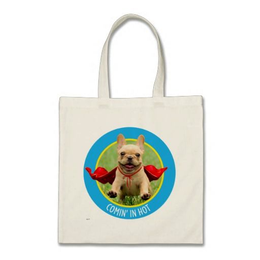 Cute French Bulldog Superhero Runs in Grass. Regalos, Gifts. #bolso #bag