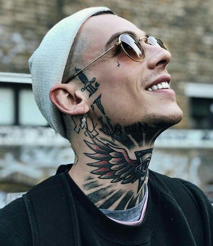 Pin De Carlos Castro En Tatoeage Ideeen Tatuajes En La Cara Hombres Tatuajes Tatuaje Del Cuello
