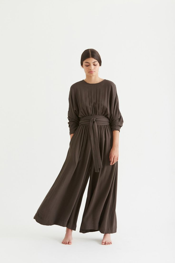Wide Jumper with Belt / WD-21 / Charcoal