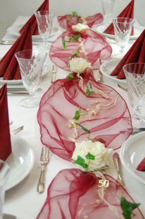 Komplette Tischdeko In Bordeaux Creme Fuer Goldene Hochzeit Oder 50