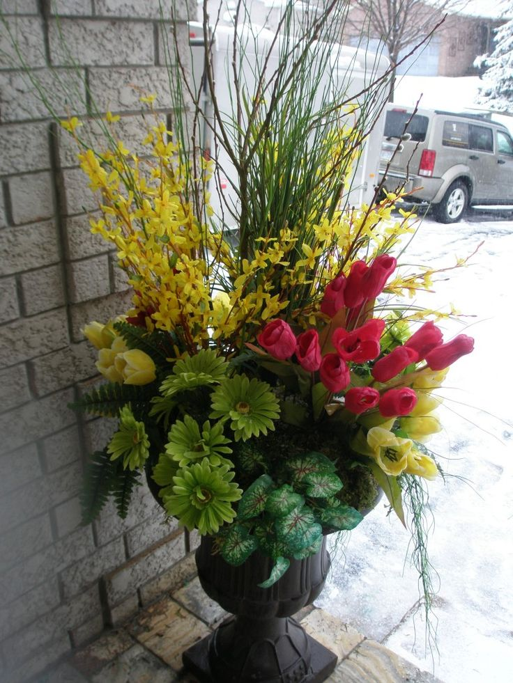 Spring Urn For Your Home Or Office Outdoor Living Ideas