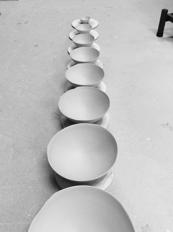 Porcelain bowels