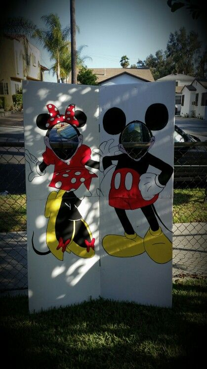 Head in the hole. Face cut out. Diy. Do it yourself minnie mouse and mickey mouse.