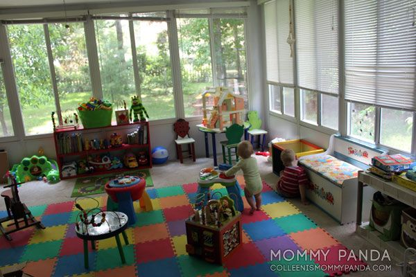 Mommy Panda's AMAZING project-per-month PROJECT Playroom