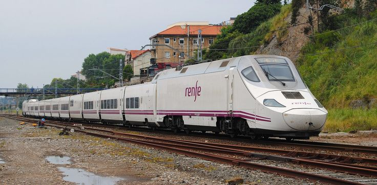 Renfe 130 036, Bombardier/Talgo AC/DC EMU from Talgo 250 series, Alvia train shunting in Santander station, 250 km/h