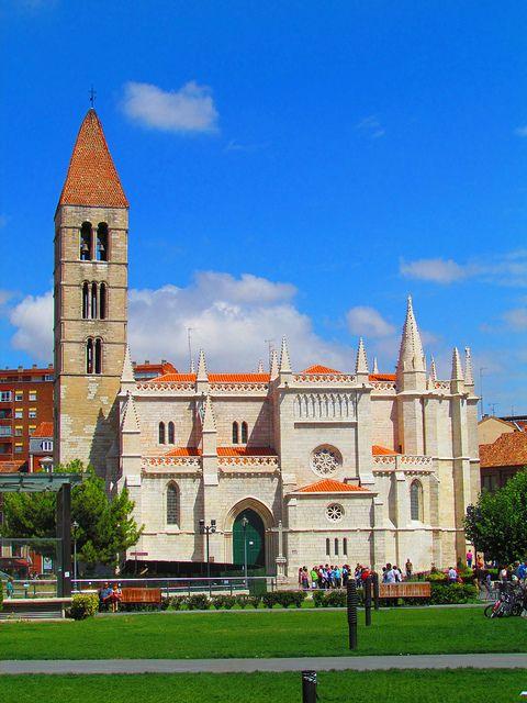 Iglesia de Santa María la Antigua, Valladolid, Spain