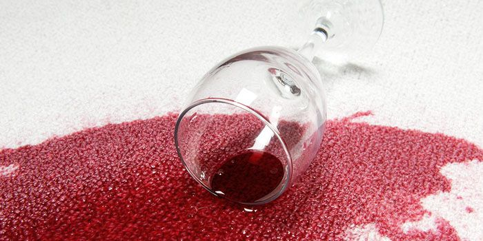 Ako vyčistiť fľak od červeného vína