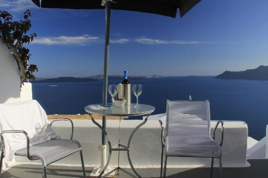 VILLA KATIKIES Santorini |  View fm terrace /  room